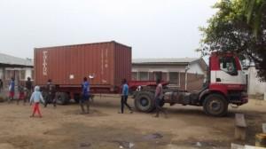 131123 arrivo container 2013