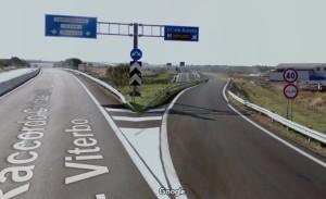 4 - sull'Aurelia (3 - a destra), verso Civitavecchia (da Nord)